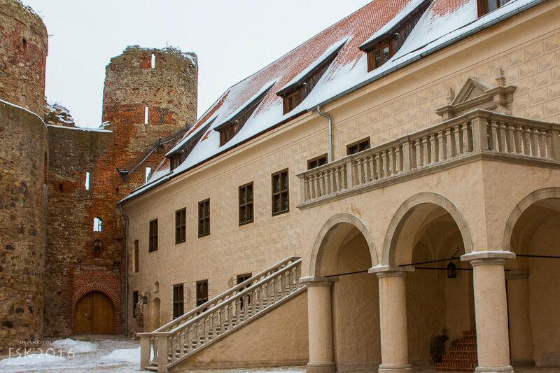 Bausky Castle-8.jpg