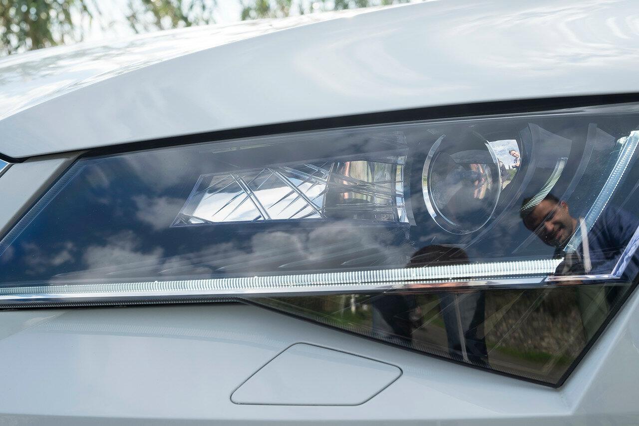 Как угадать автомобиль, если убрать шильдик? DSCF5143.jpg