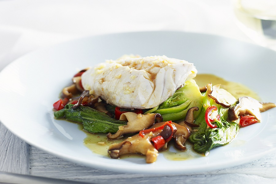 Тушеная рыба с грибами. Необычайно вкусный рецепт!