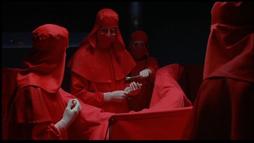 Этот чёрно-белый французский шедевр режиссёра Анри-Жоржа Клузо вошёл в списки лучших фильмов ужасов.