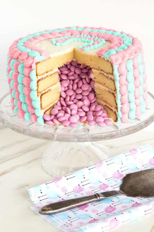 15невероятно красивых десертов ссюрпризом внутри (14 фото)