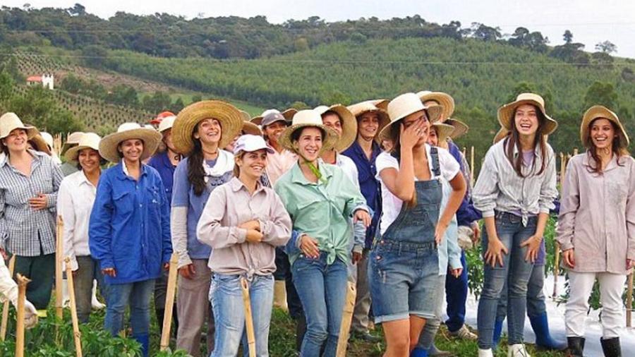 1. Бразильская коммуна Ноива ду Кордейру (Белу-Вале, Бразилия) В эту общину входит около 600 бразиль