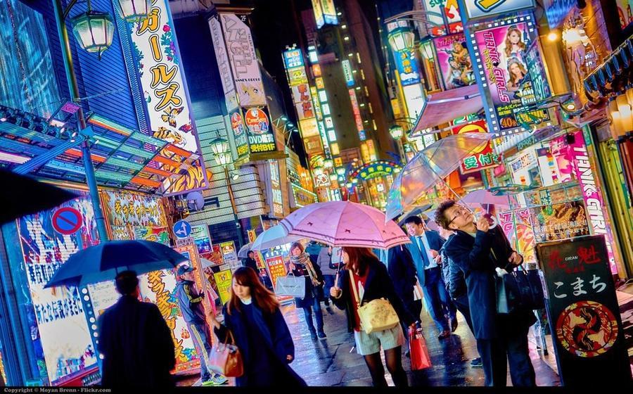 5. И даже во время дождя городами невозможно не любоваться
