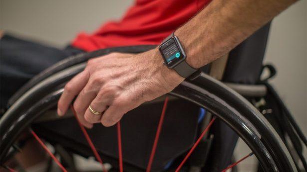 Apple Watch станут первым фитнес-трекером для людей в инвалидных колясках