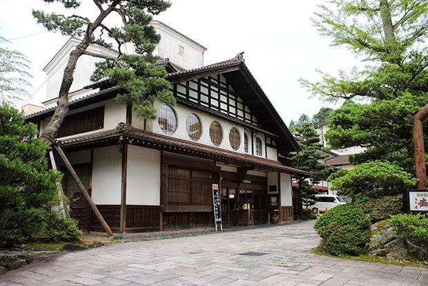 Отель Hoshi Ryokan, Япония Год постройки: 718 Второй по древности отель также находится в Японии, в