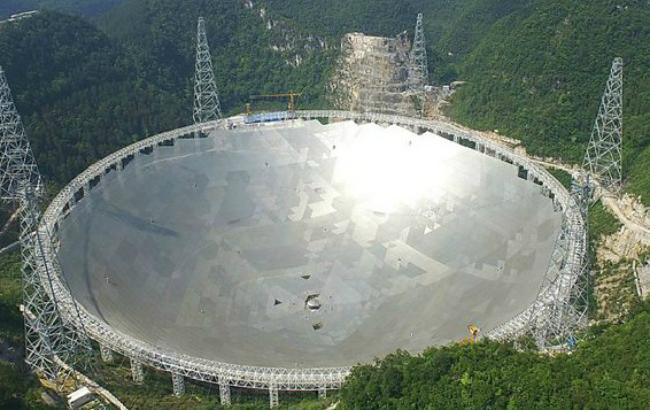 КНР благополучно запустил 1-ый вмире спутник квантовой связи