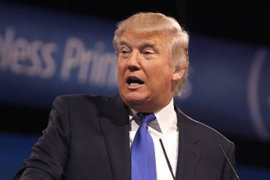 Трамп ответил напризывы квыборщикам голосовать заКлинтон