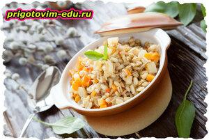 Рагу с перловой крупой и овощами