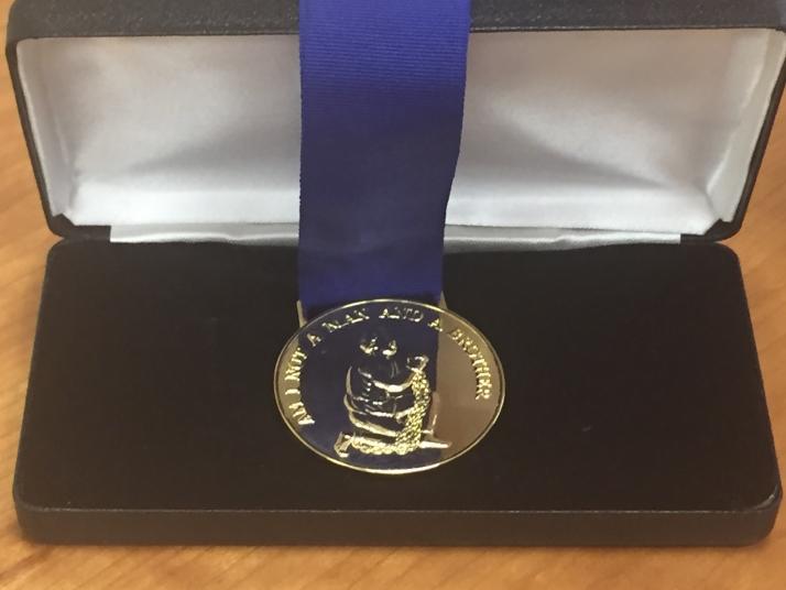 20160712-Мемориал получил медаль Уилберфорса-pic3
