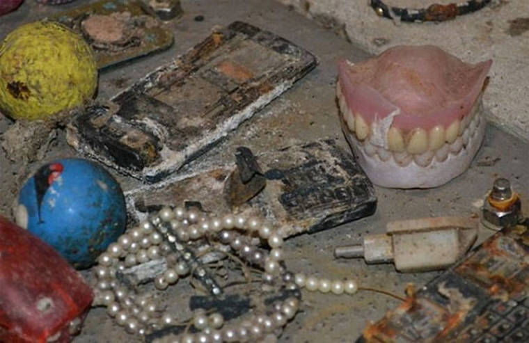 Dentures, sex toys, mobile phones - The objects found in the British sewers