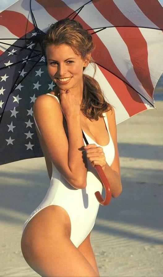 Знаменитые девушки в американском флаге