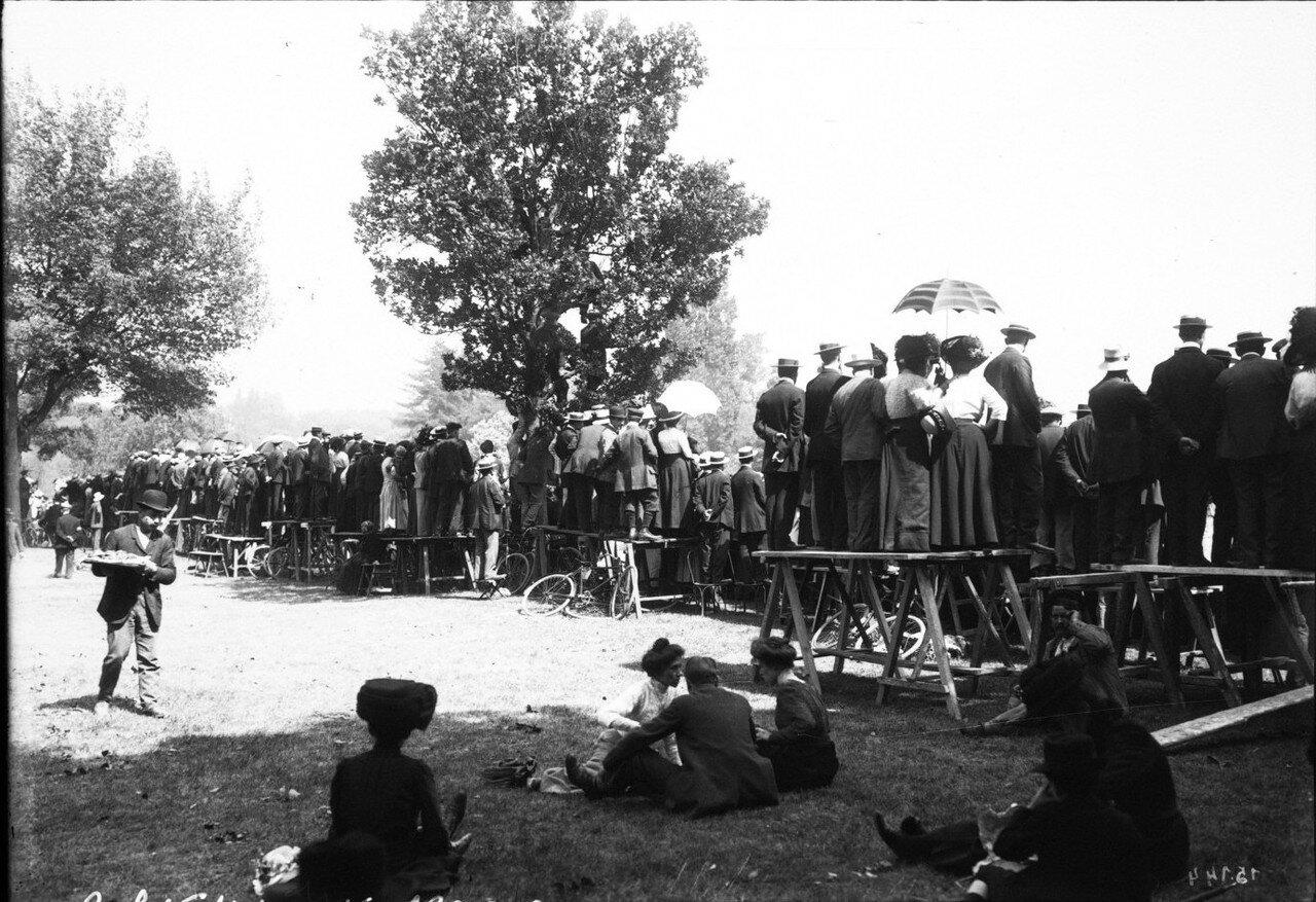 1911. Зрители