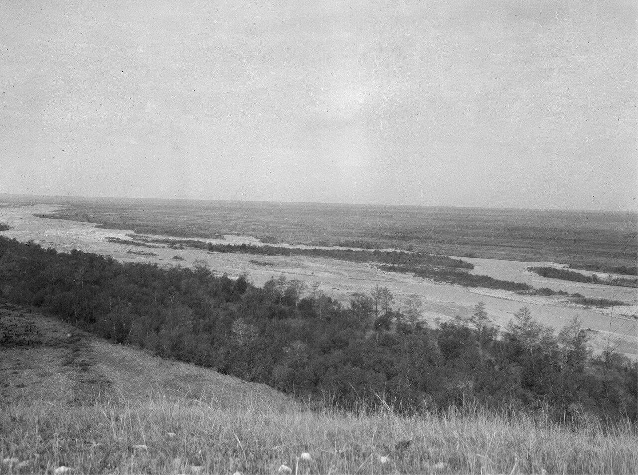 Слияние рек Текес и Агиас