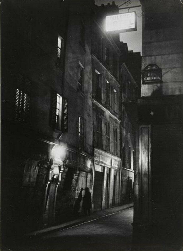 1931. Улица Шенье (мужчина на улице возле отеля Тулуза)