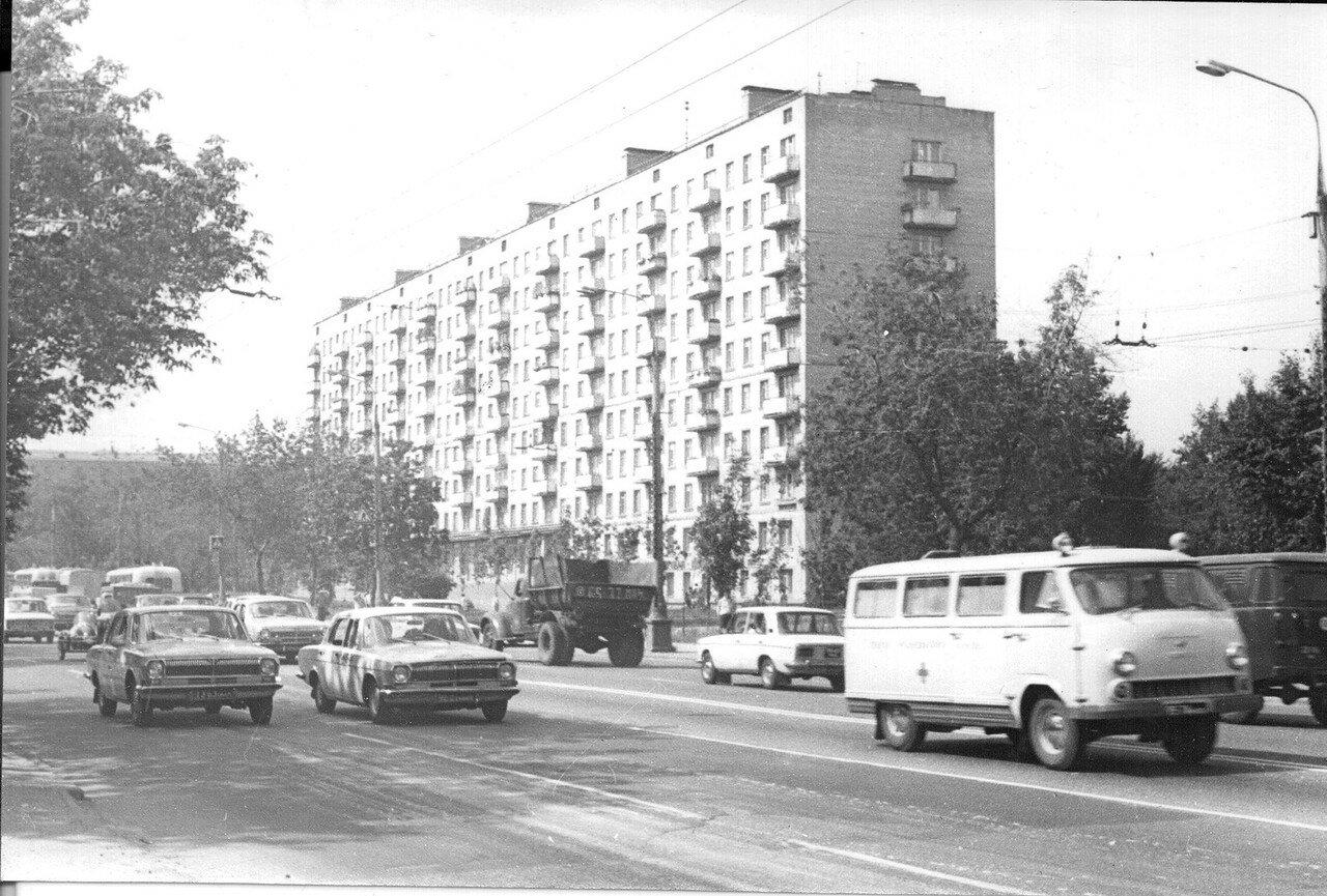 1973. Угол Сущёвского вала и Новосущёвской улицы (фотограф Игнатущенко С.К.)