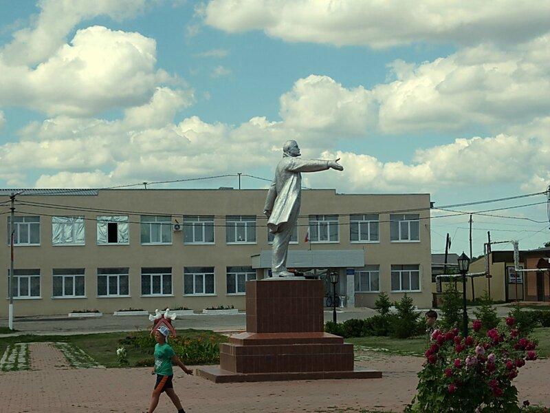 Хворостянка, Безенчук аэродром 132.JPG