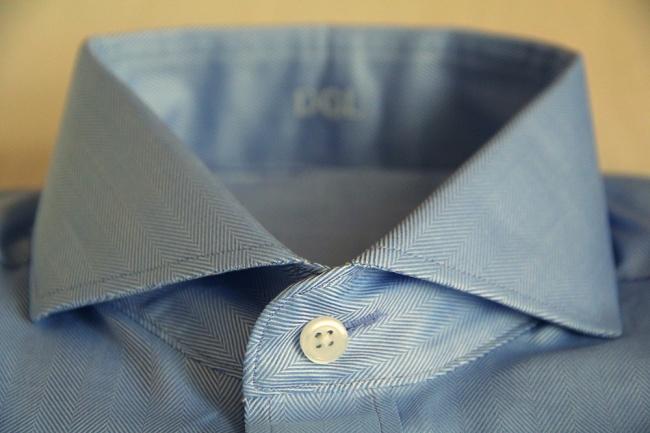 Горизонтальные петли для пуговиц Еще одна загадка рубашек. Вы когда-нибудь замечали, что петли для с