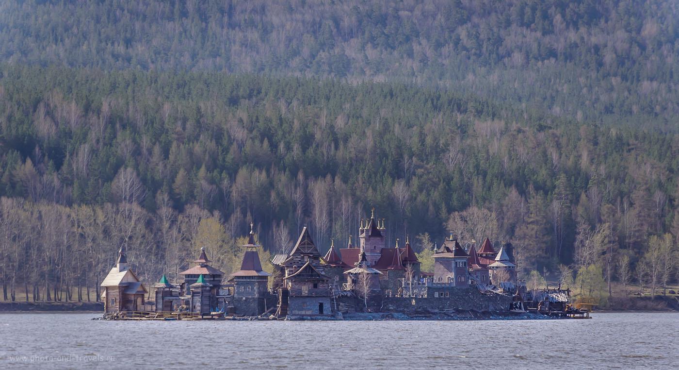 Фотография 4. Крепость «Дупло орла» на острове. 1/1250, -1.33, 5.6, 200, 240.
