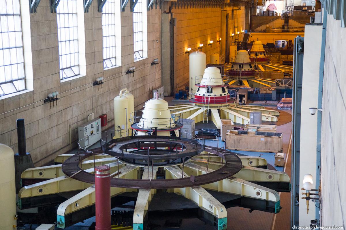 Монтаж рабочего колеса гидроагрегата №7 на Жигулёвской ГЭС 0_11235d_f540a6f1_orig