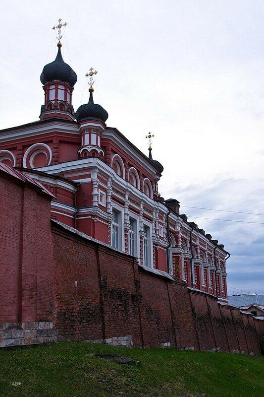Храм во имя Казанской Иконы Божией Матери в Богородице-Рождественском монастыре