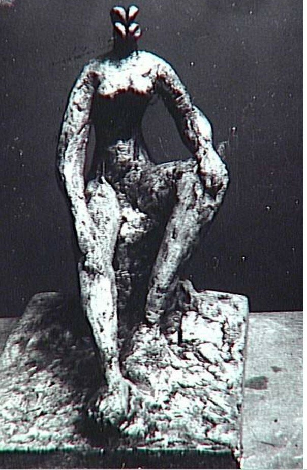 1931. Сидящая женщина, фото в мастерской Пикассо в Буажелу