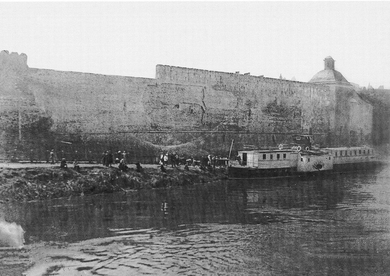 Пристань у церкви Тихона Задонского. 1900-е