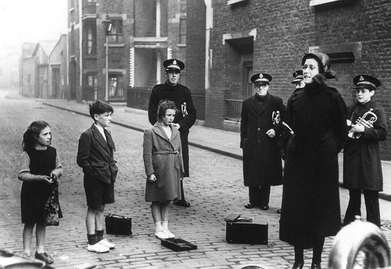 1949. Глазго