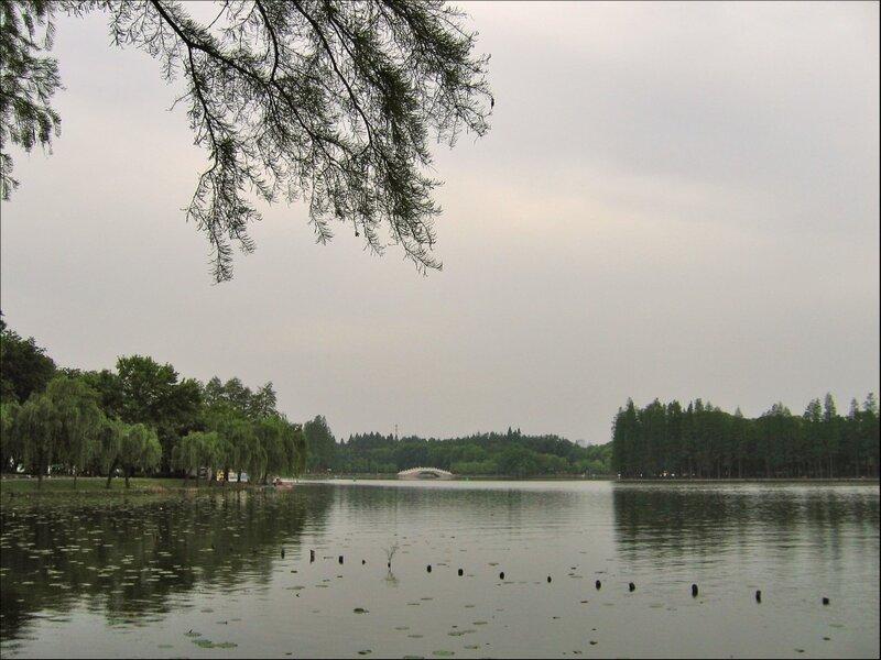 Озеро Дунху, Тинтао, Ухань
