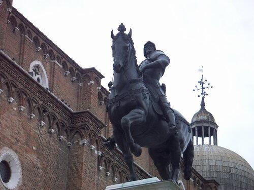 Монумент Коллеони в Венеции