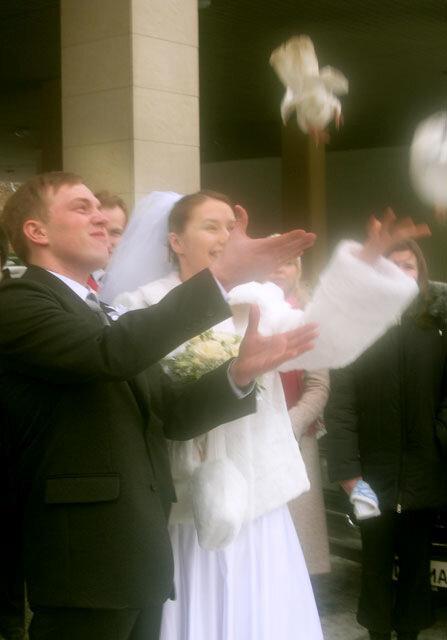 свадьба молодеж молодожены молодые жених невеста people many pic pictures video rus russia moscow photo foto fotki history россия фото фотки апарышев