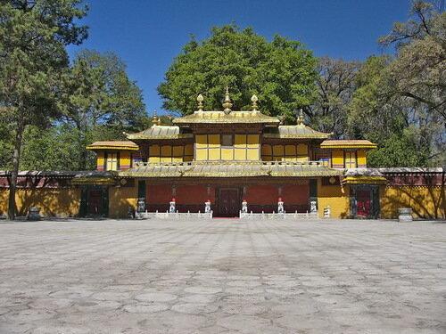 Дворцовый комплекс Норбулинка, Лхаса. Тибет
