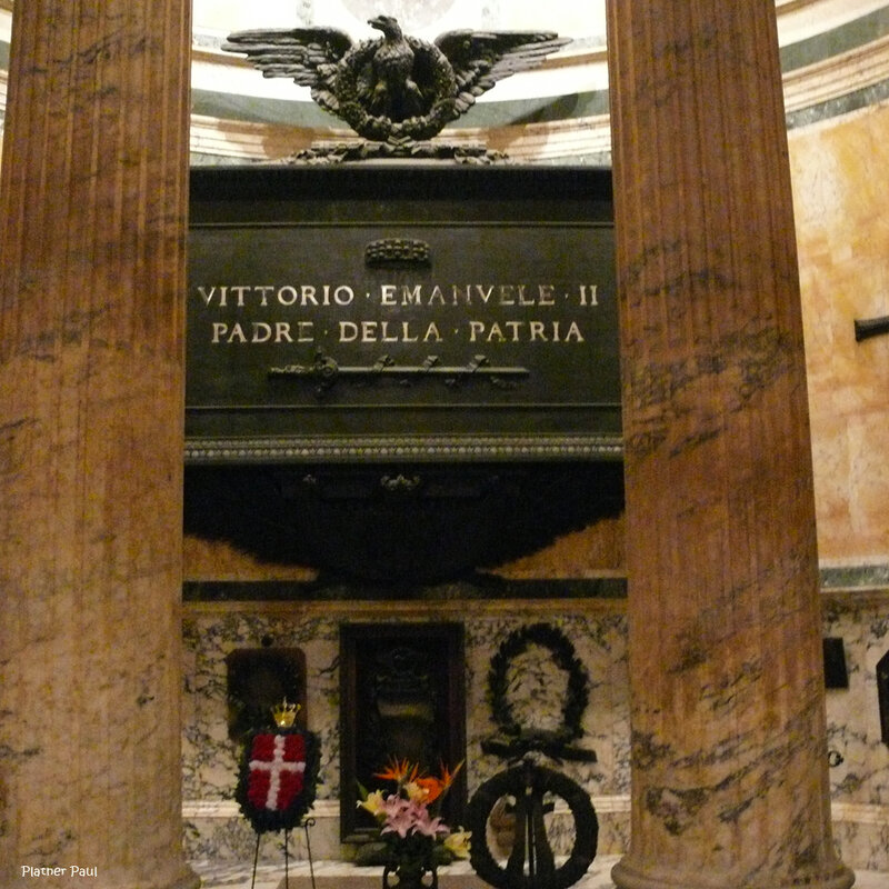 королей Виктора-Эммануила II и Умберта I королевы Маргариты, и других великих итальянских деятелей.