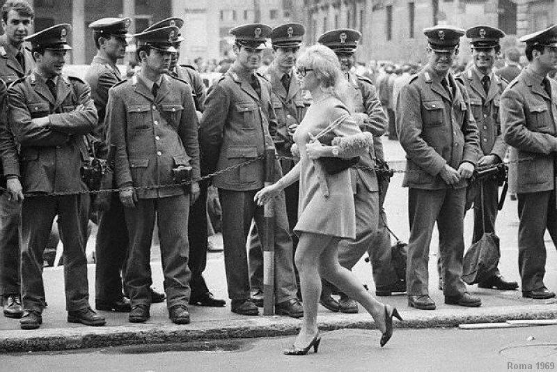 mini-1969-roma-polizia.jpg