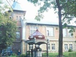 Рышканы, школа