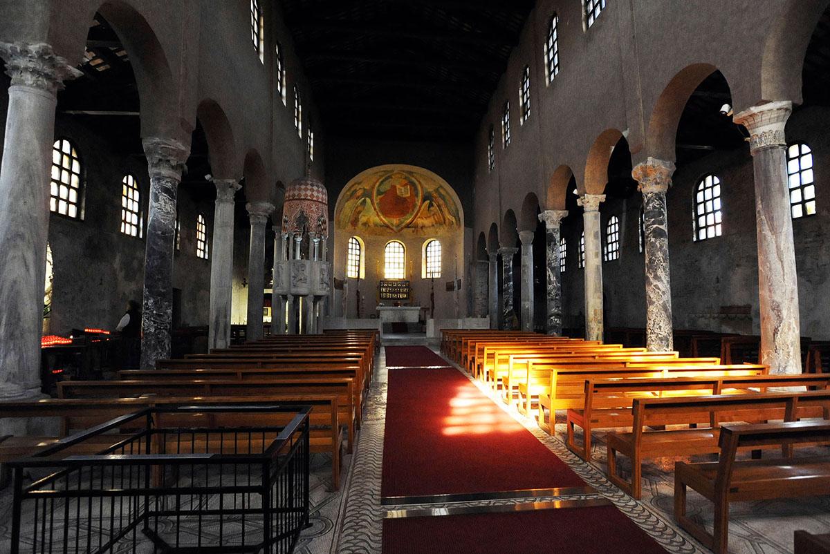 11. Собор святой Эуфимии — главное религиозное здание в Градо, сохранившееся со времен его постройки