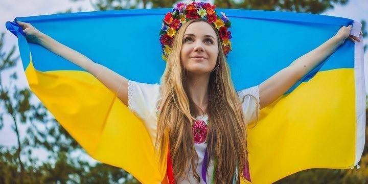 1. Украина Украина считается страной фантастических женщин, к тому же, несмотря на последние политич