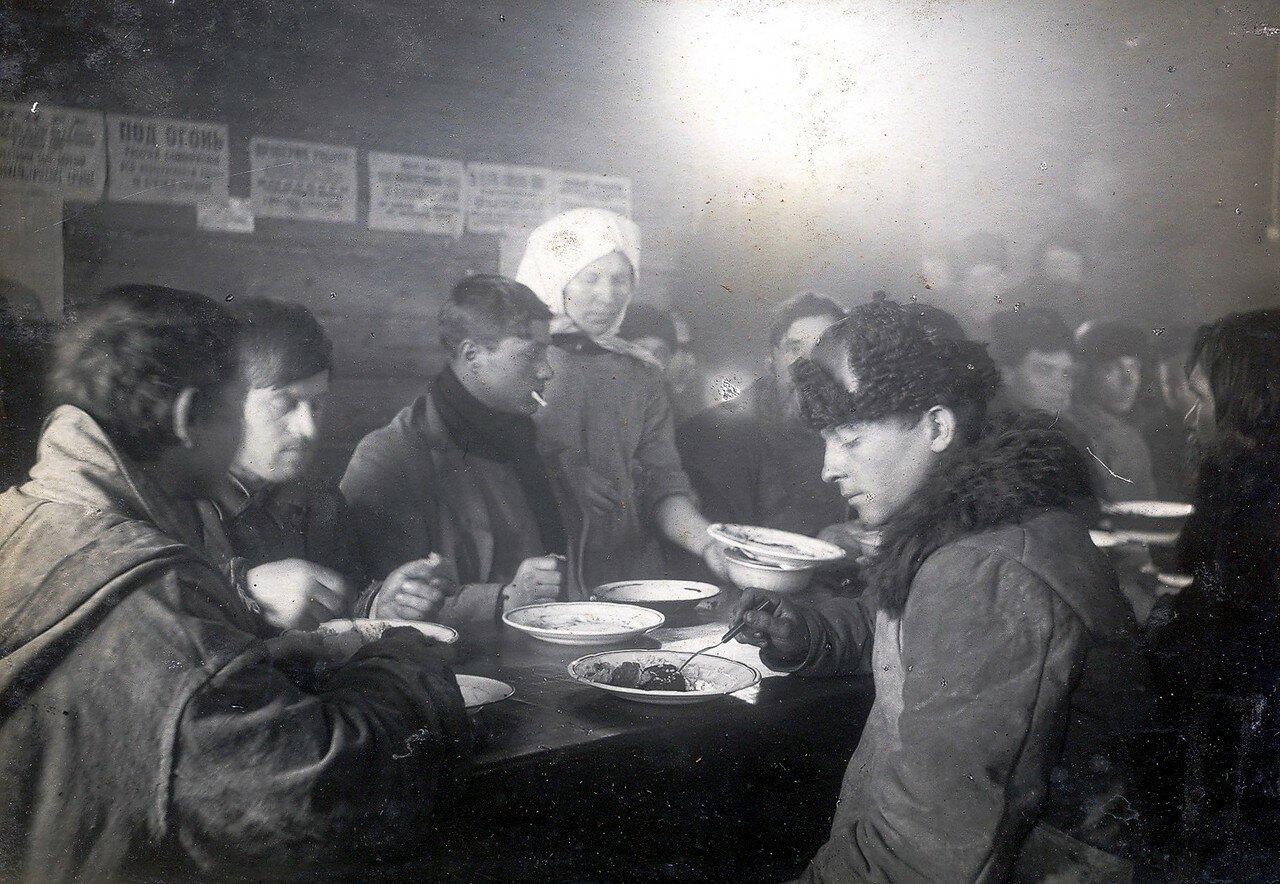 1930-е. Столовая на Октябрьском Поле