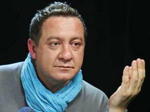 """Оно таки работает: Почему высокие чиновники """"внезапно"""" и массово потянулись в отставку - Айдер Муждабаев"""