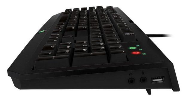 Особенно широкого выбора дополнительных клавиш не наблюдается. Привычный комплект дополнен 5-