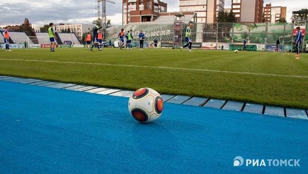 «Томь» и«Урал» сыграли вничью вматче 9-го тура РФПЛ