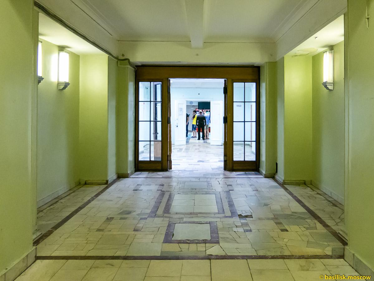 Диетическая столовая в Главном здании МГУ. Апрель 2016
