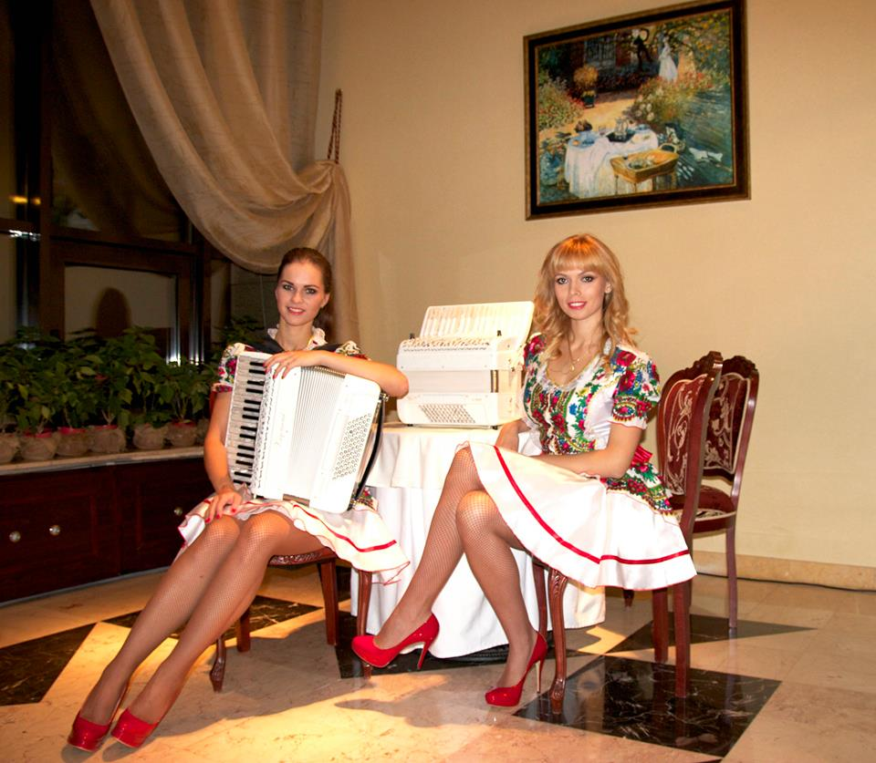 Дуэт аккордеонисток  ЛюбАня - The duo accordionists  LiubAnya