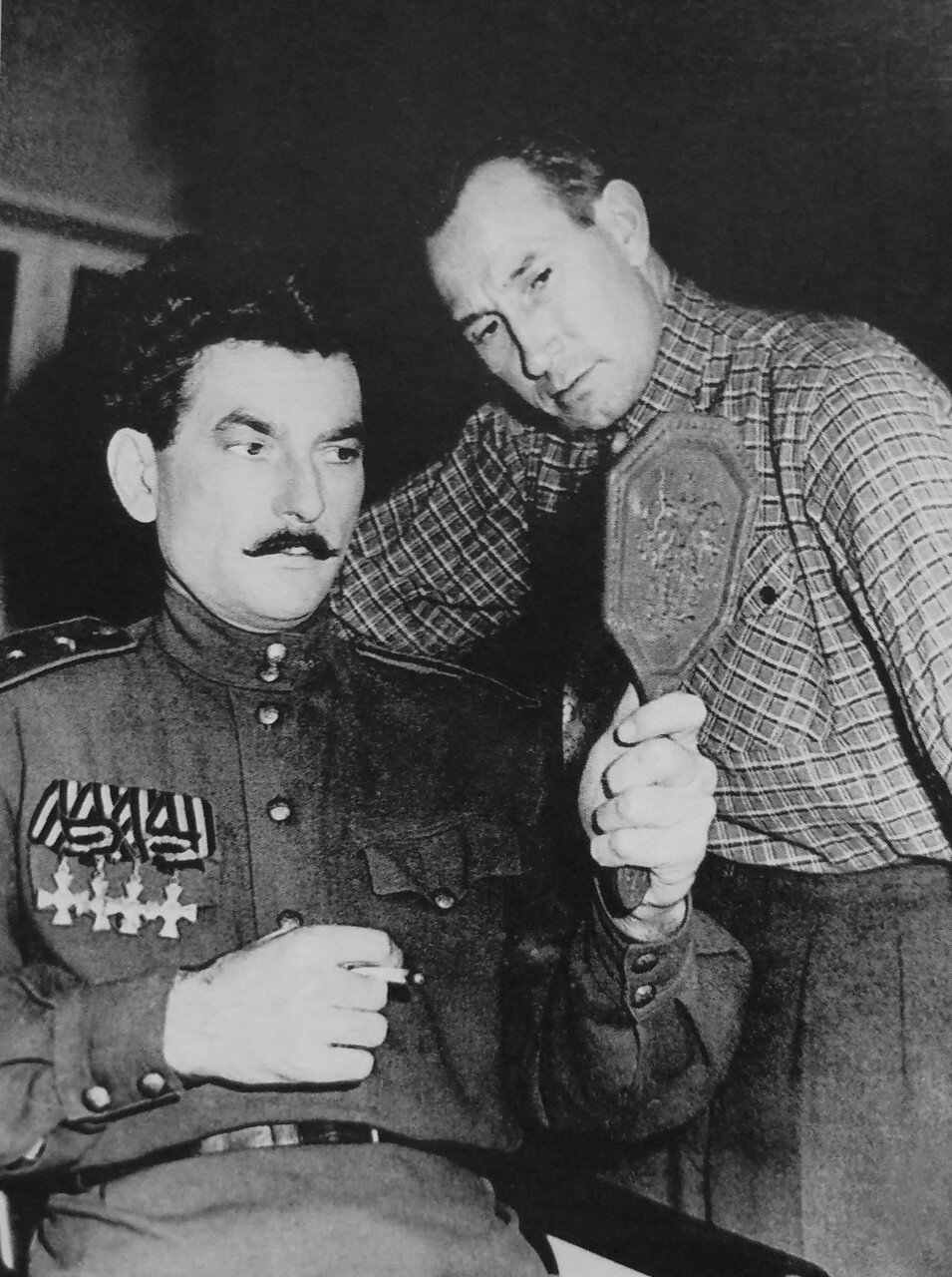 Гример Алексей Смирнов и Петр Глебов