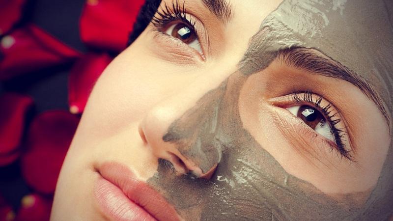 Kil-maskesi-ile-gelen-g-zellik-kil-maskesi-yap-l-kil-maskesi-ile-cilt-bak-m.jpg
