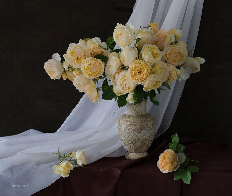 Про жёлтые розы...