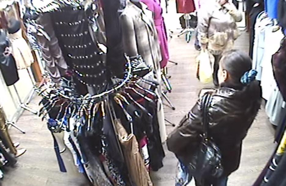 Воровка в торговом центре Белой Церкви