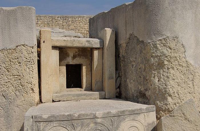 Строители храмов жили на островах Мальта и Гозо в Средиземном море на протяжении 1100 лет (с 4000 до