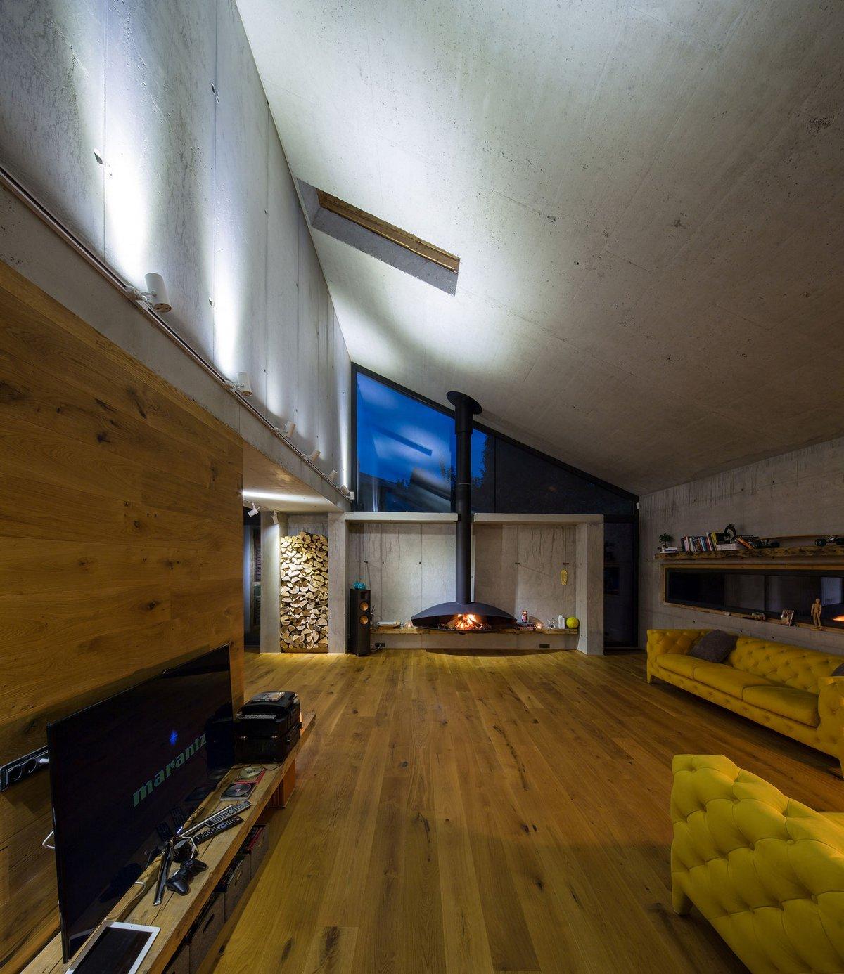 LAMA Arhitectura, Casa G3, реконструкция частного дома фото, крыша необычной формы фото, частный дом с террасой и бассейном фото, дома в Румынии фото