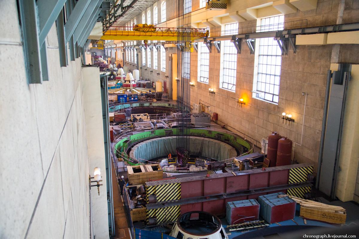Монтаж рабочего колеса гидроагрегата №7 на Жигулёвской ГЭС 0_112359_59dd4a25_orig