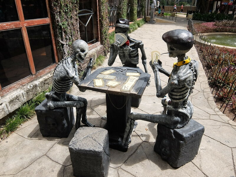 Тайский Диснейленд - Скелеты